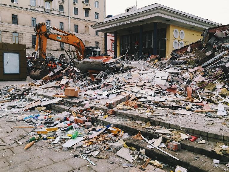 о сносах павильонов в Москве