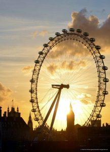 6. Моё любимое колесо обозрения, которое я когда-либо посещала в мире - Лондоский глаз в Лондоне на закате. Да, настоящая романтика для меня. :))