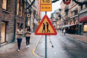 Как вылечить эпидемию глупости - бесполезные знаки
