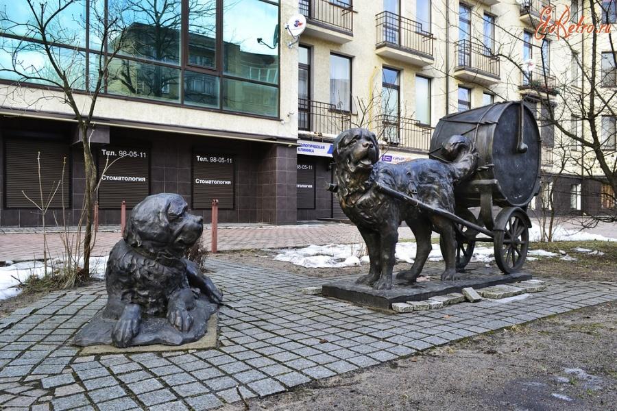 Скульптура Барабанные собаки
