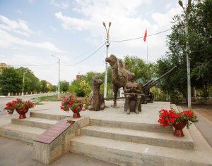 Памятник «Мы победили!» в Ахтубинске