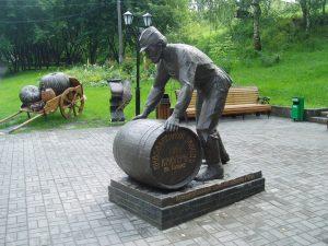 Памятник пивовару в Томске