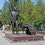 Памятник градоначальнику в Ростове-на-Дону