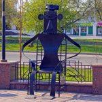 Скульптура Кресло в Омске